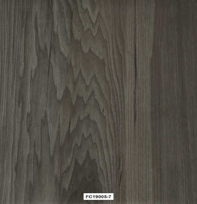 China 7mm Thickness Vinyl WPC Flooring With Absorption And Noise Reduction factory