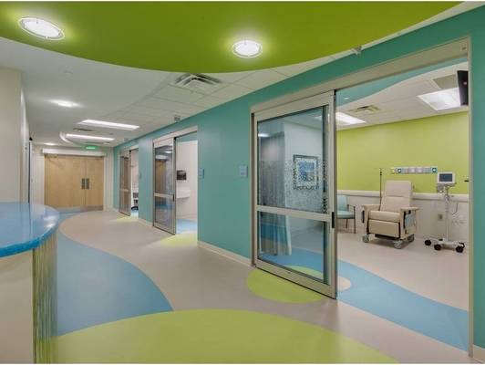 Non Slip Homogeneous PVC Flooring For Commercial And Hospital Decoration