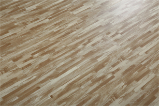 China Virgin Vinyl Plastic Wood Texture Pvc Click Flooring Plank For Indoor Using factory